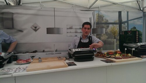 One of the Tefal team demonstrating how to use the Tefal OptiGrill