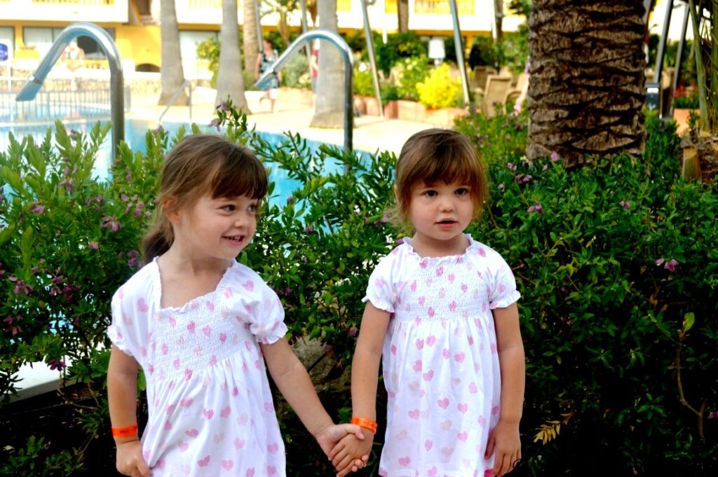 3 year old twins in Menorca