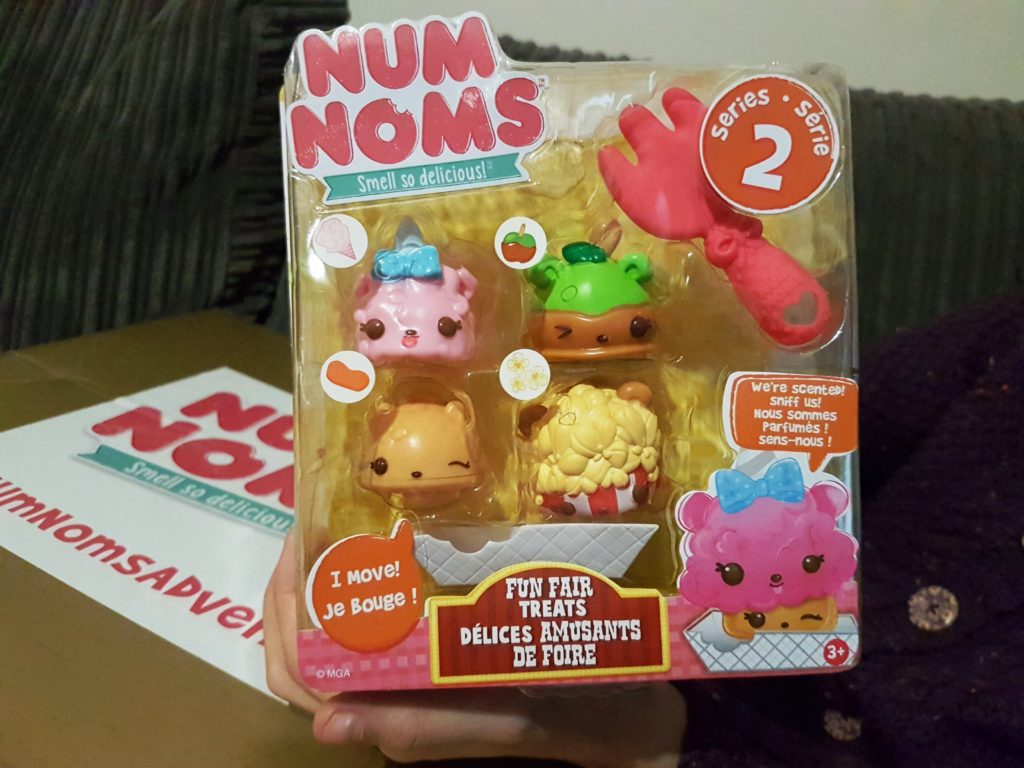 Num Noms advent box