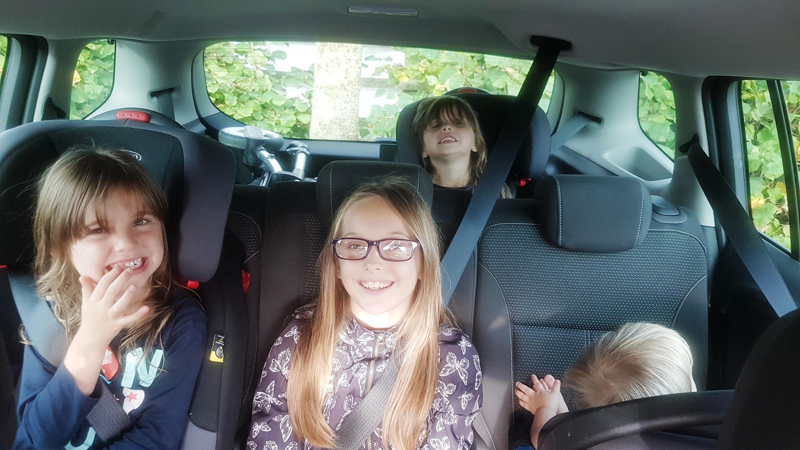 Vauxhall Zafira Review, 2016 Vauxhall Zafira, Zafira, Vauxhall, Zafira Tourer, Family car review, seven seater