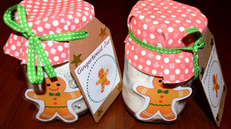 Gingerbread party, gingerbread jars, gingerbread favours