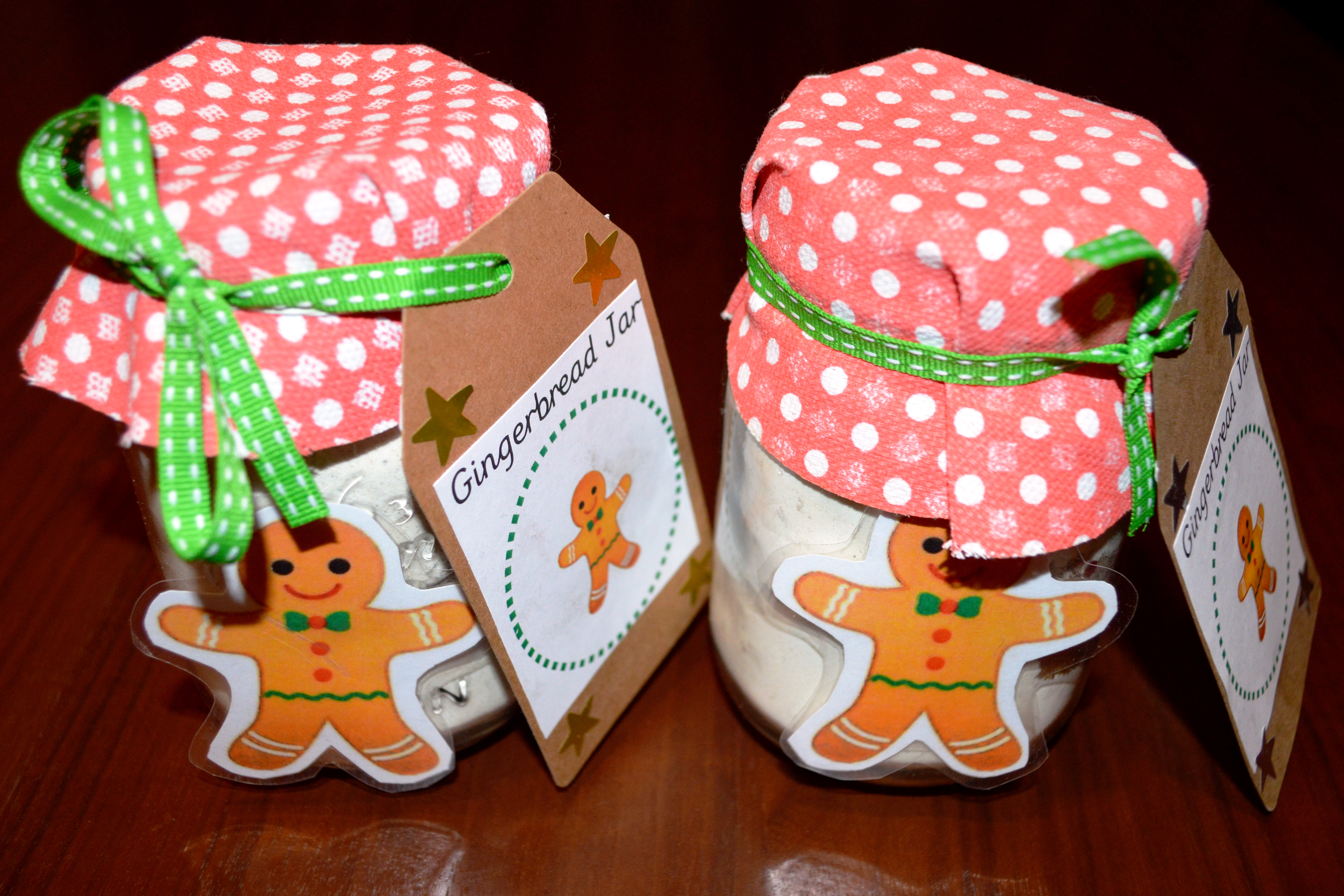 Gingerbread party, gingerbread jars, gingerbread favours