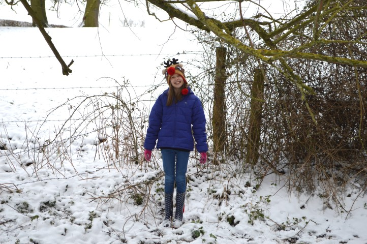 snow day, snow in gloucestershire, snow in cheltenham, children playing in the snow,
