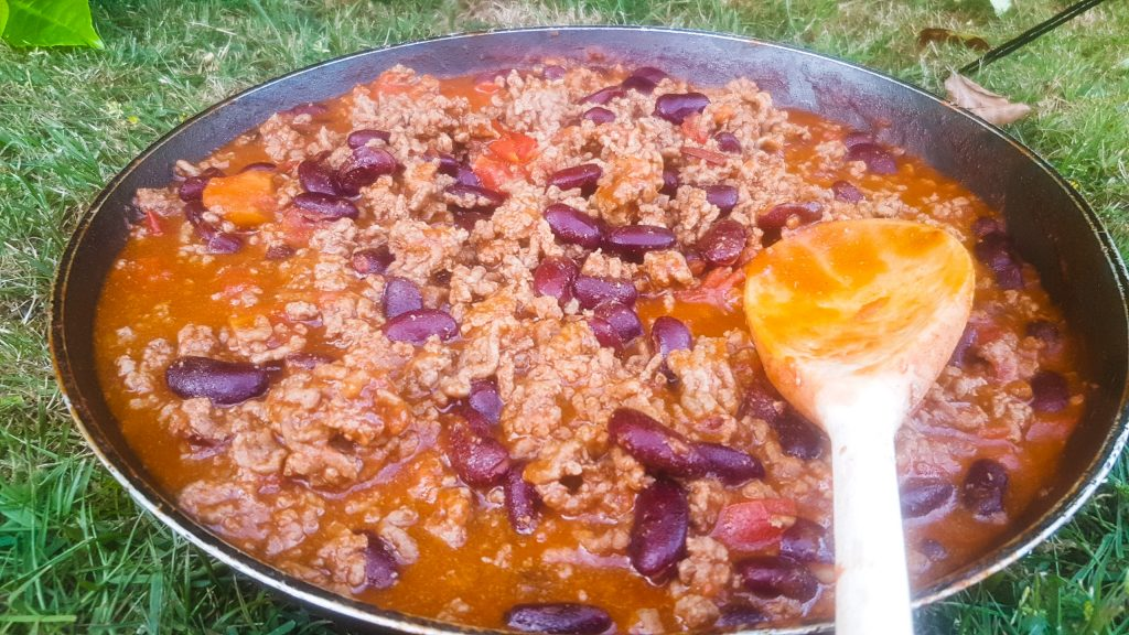 al fresco cooking, chilli con carne cooked outside, chilli cooked ona camping stove, spontaneous camping trip